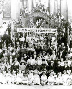 Members of the Hungarian Reformed Church, 1922 (source:  Hungarian Reformed Church via Homestead Exhibit Photographs)