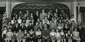 Rabbi Joshua Weiss with Sunday School students, c. 1950